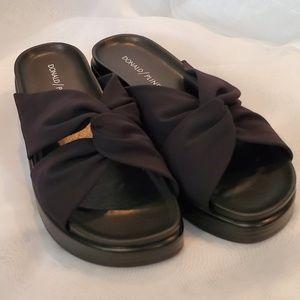 Donald Pliner Freea Wedge Sandals - Black